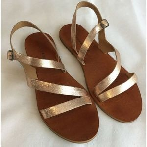 Lucky Brand Sandals 8M Flat Strappy Rose Gold